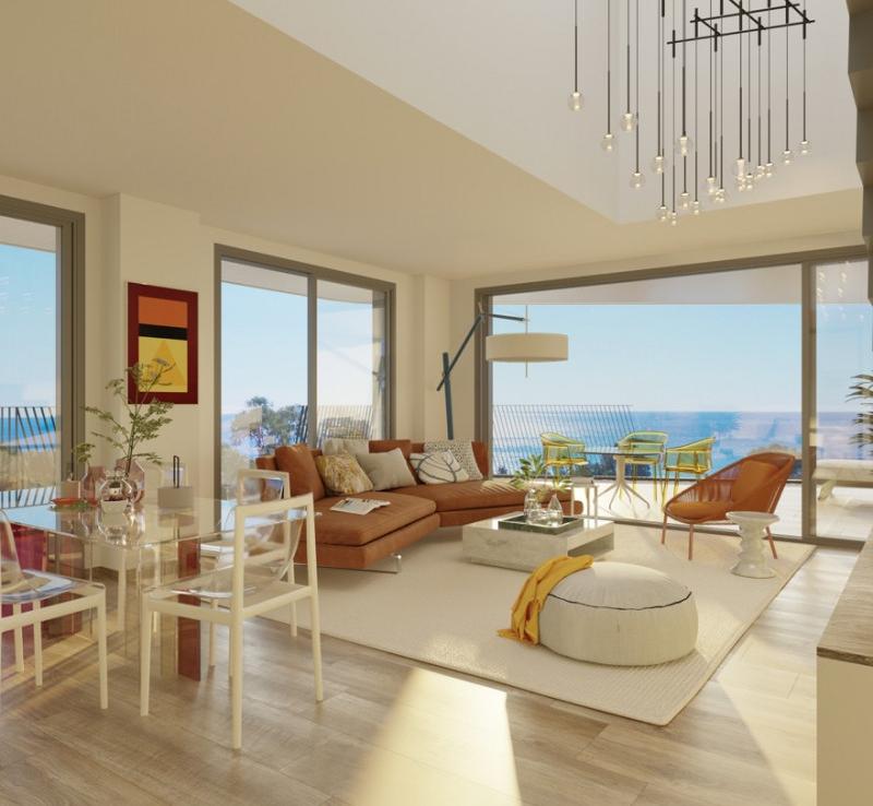 Luxury urbanization on the seafront