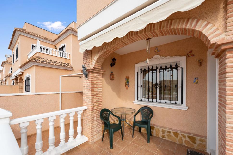 Mediterranean style villa in Torre de la Horadada